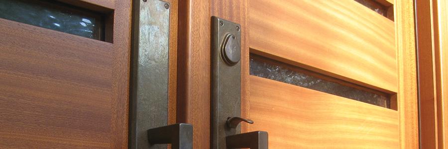 lesena-vrata-1